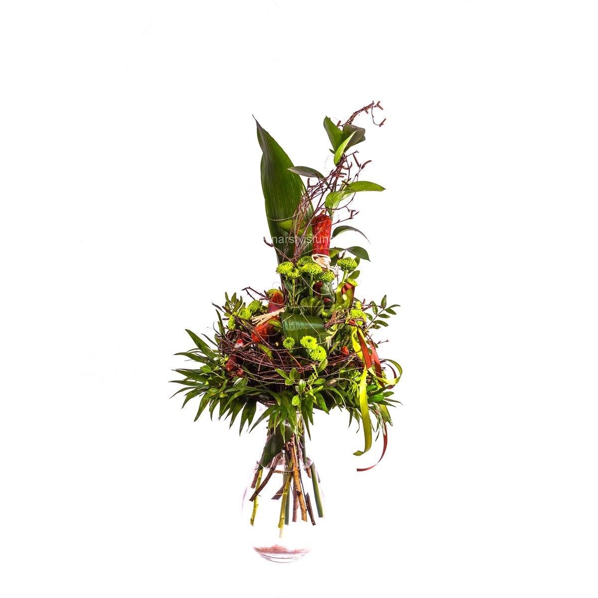 Netradiční kytice z klobásek