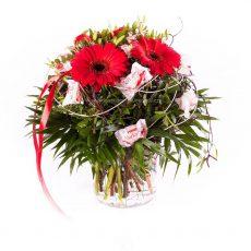 Netradiční kytice z bonónů Raffaella