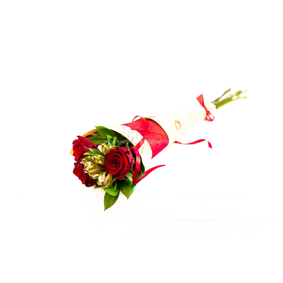 Kornout rudých růží s alstromerií